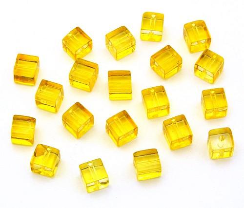 Glaswürfel ca. 6 x 6mm gelb