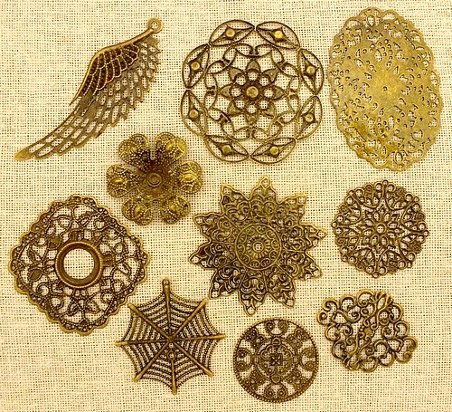 Steampunk Filigree Mix antikfarben