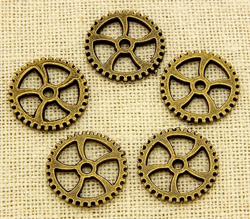 Steampunk Pinion ca. 18 x1,8mm antikfarben