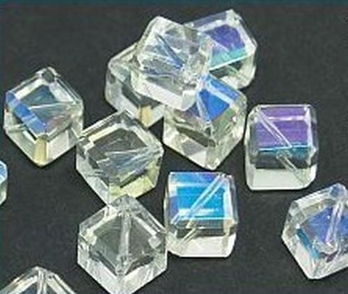 Glaswürfel kristall A/B diagonal gebohrt ca. 8mm 20Stk