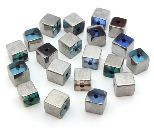 Glaswürfel ca. 6mm # 37 silberfarben