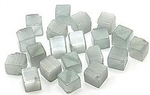 Cateyewürfel ca. 6mm (Nr.dx16) grau diagonal gebohrt 20Stk