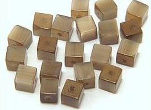 Cateyewürfel ca. 4mm (Nr. dx28) braun 20Stk