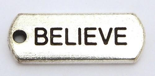 "Metallanhänger oval ""BELIEVE"" ca. 8 x 21mm altsilberfarben 1Stk"