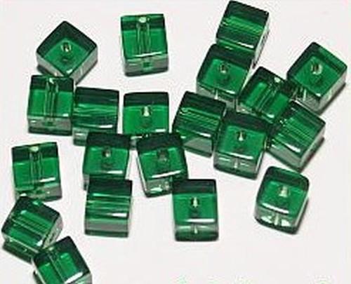 Glaswürfel ca. 6mm #30 dunkelgrün 20Stk