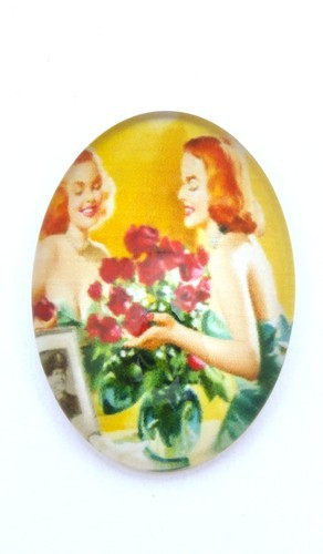Burlesque Cabochon V oval ca. 25 x 18mm