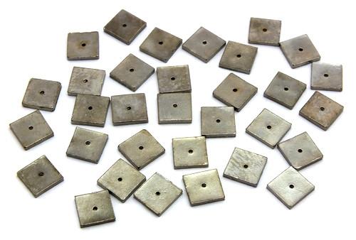 Metallquadrate ca. 8mm schwarz