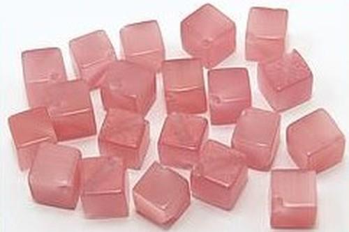 Cateyewürfel ca. 6mm (Nr.dx06) rosa diagonal gebohrt