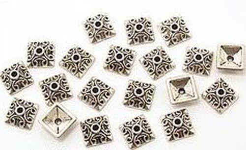 viereckige Perlkappen ca. 10x10mm altsilberfarben