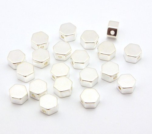 Zwischenperlen Sechseck ca. 5,5 x 5,5mm silberfarben